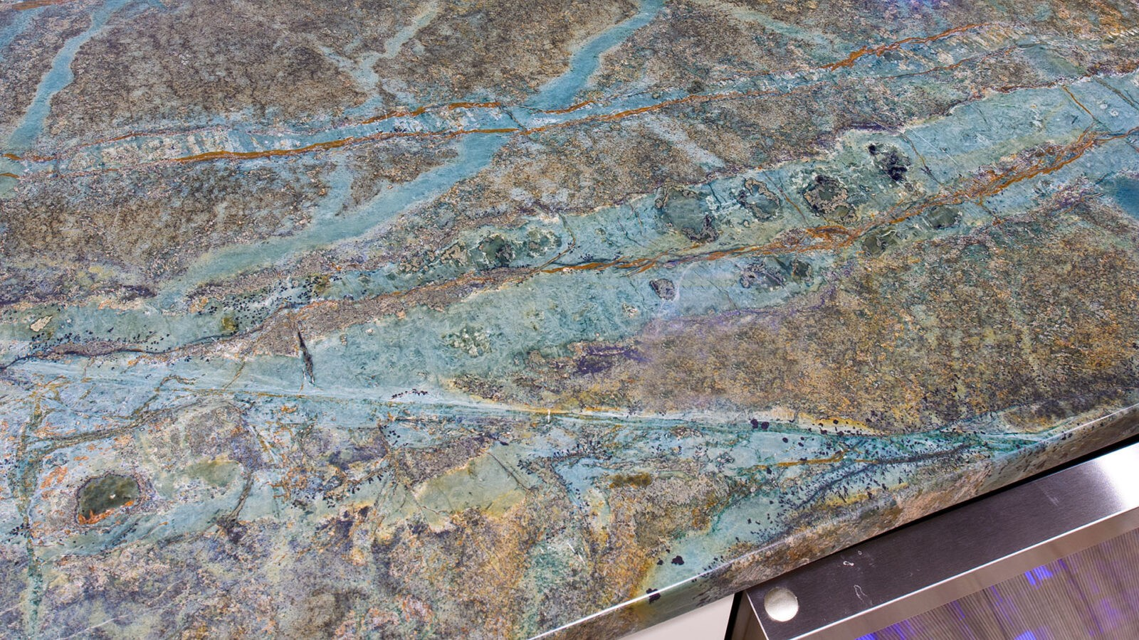 A marble finished kitchen surface